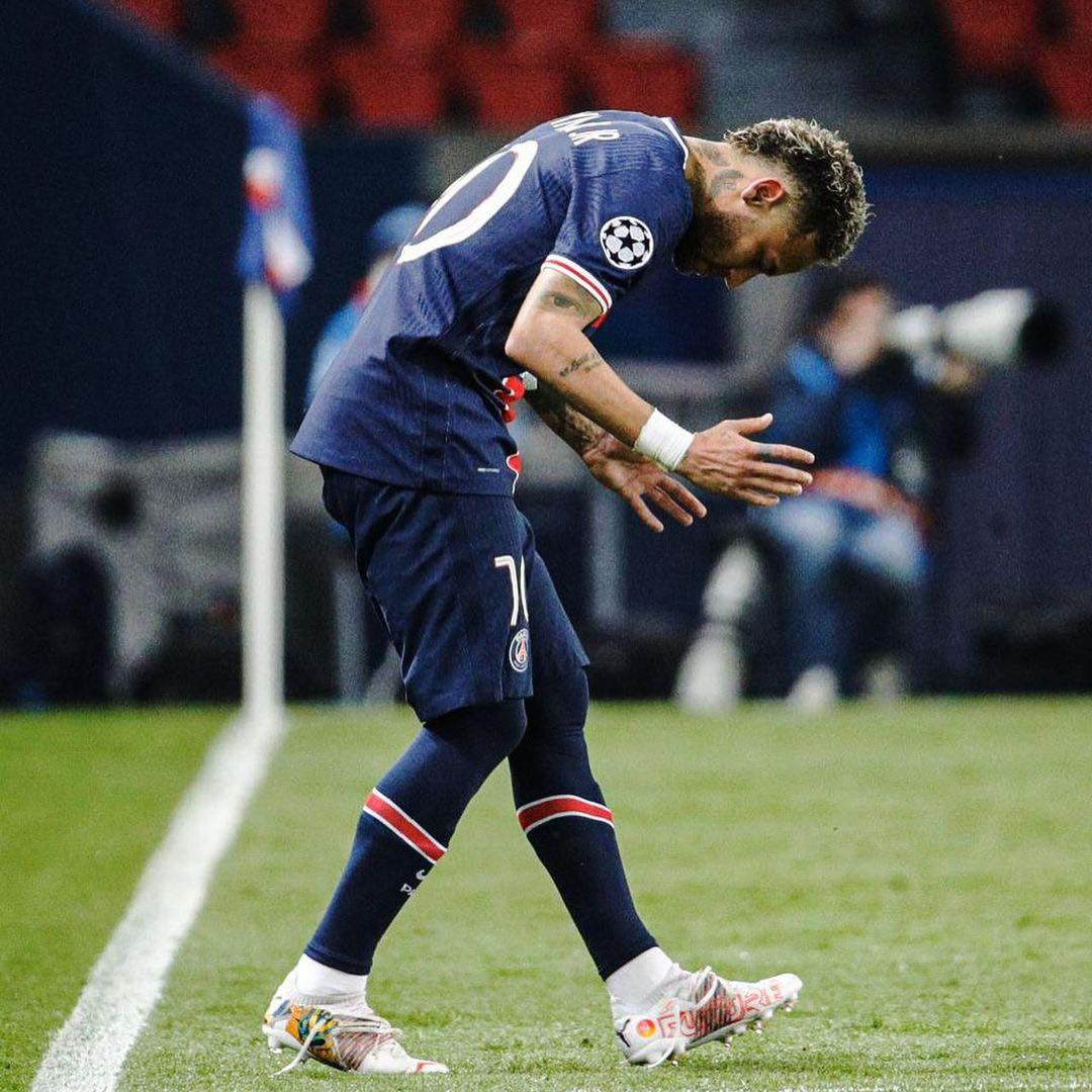 Moment emoționant: După ce a pierdut Copa America, Neymar a izbucnit în lacrimi. Cum l-a consolat Messi. VIDEO