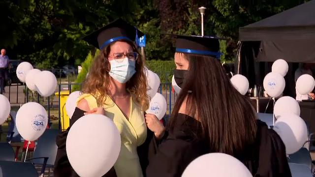 Aproape 4.000 de ingineri au absolvit Universitatea Politehnică din București. Rector: