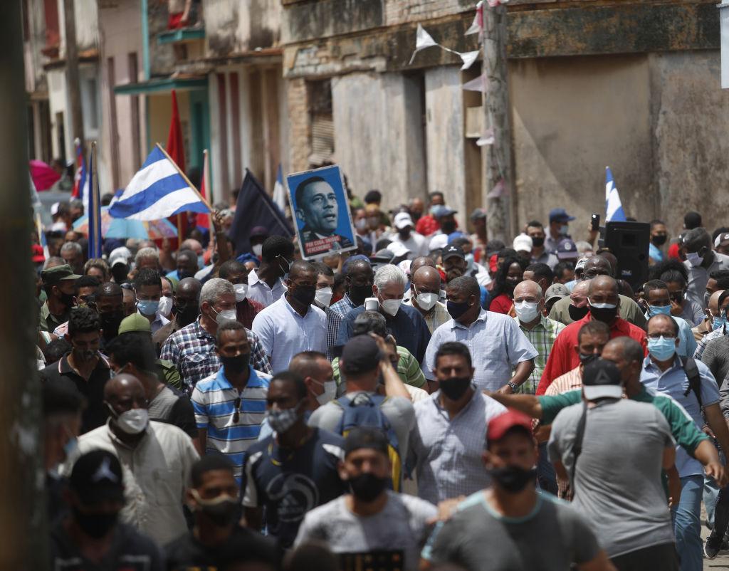 Revoltă în Cuba. Mii de oameni au protestat, exasperaţi de criza economică.