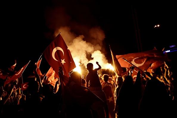 """3.000 de persoane, condamnate la închisoare pe viaţă în Turcia după """"tentativa de puci eşuat"""" din 2016"""