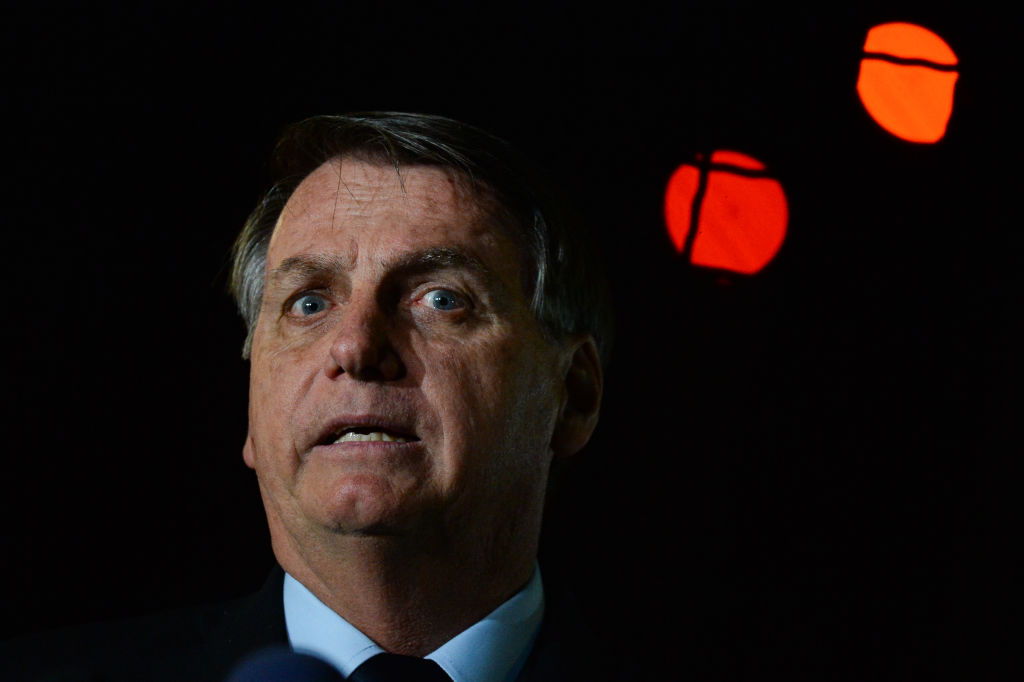 Canalul de YouTube al preşedintelui Braziliei, Jair Bolsonaro, a fost suspendat pentru o săptămână
