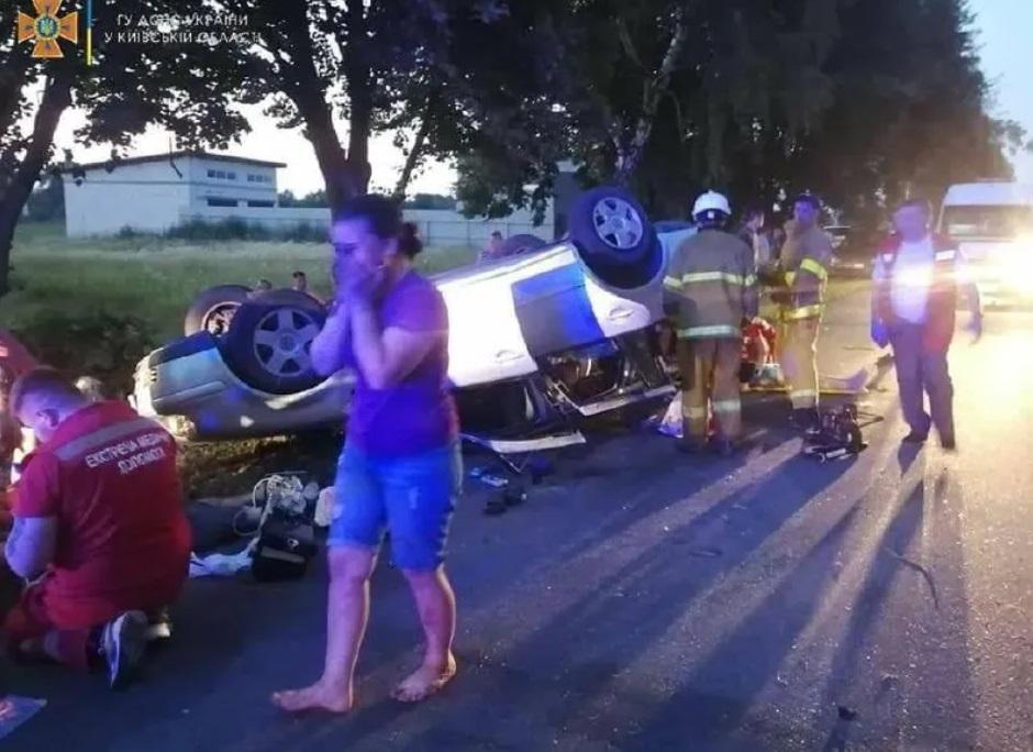 """Accident mortal cu o mașină în care se aflau 16 persoane. """"Șapte copii stăteau în portbagaj"""""""