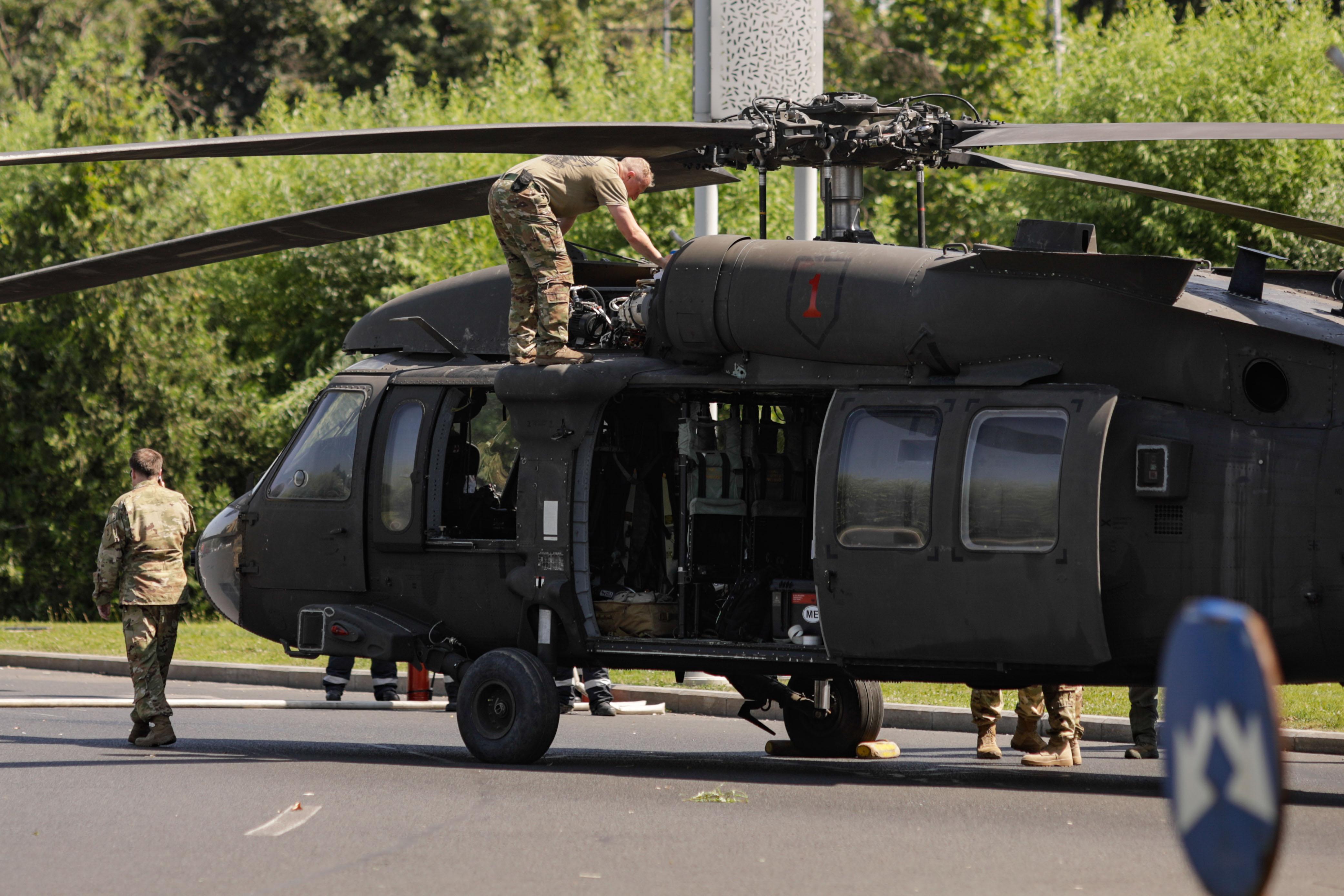 """""""Black Hawk Down"""" în București. Elicopter militar american, aterizat forțat: """"Puteam să asistăm la o tragedie"""""""
