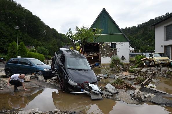 81 de morți și 1.300 de oameni sunt dispăruți, în urma inundațiilor din Germania. Merkel vorbește despre o catastrofă
