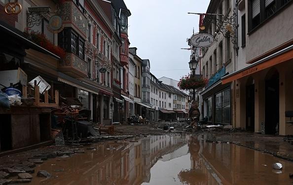Inundațiile din Europa fac tot mai multe victime. Sunt peste 133 de morți în Germania