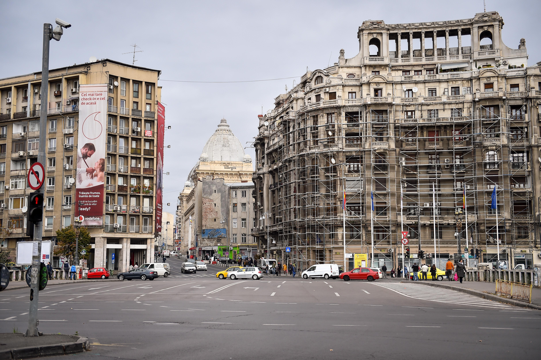 Un bagaj suspect, depistat în Piaţa Naţiunilor Unite din București. S-a dovedit a fi alarmă falsă