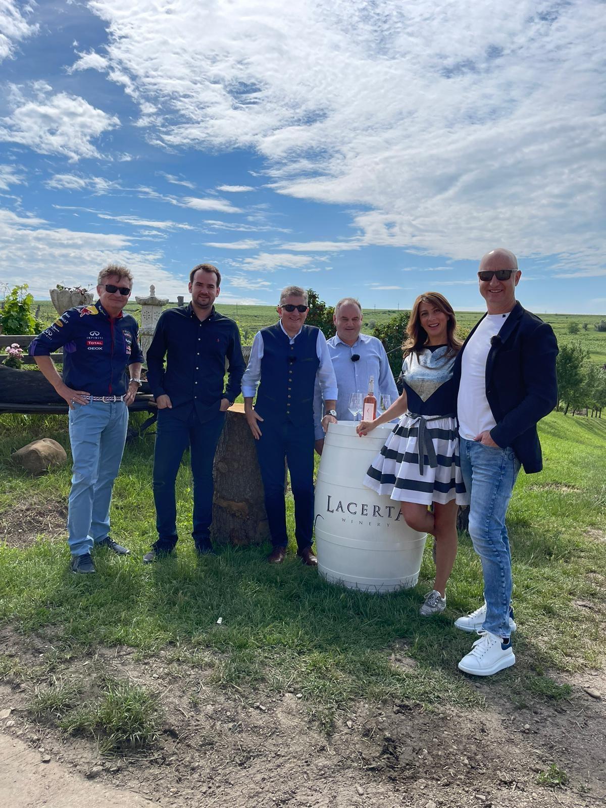 Wine Trips România, un show despre vinurile și cramele românești, a început pe Pro TV Plus și VOYO