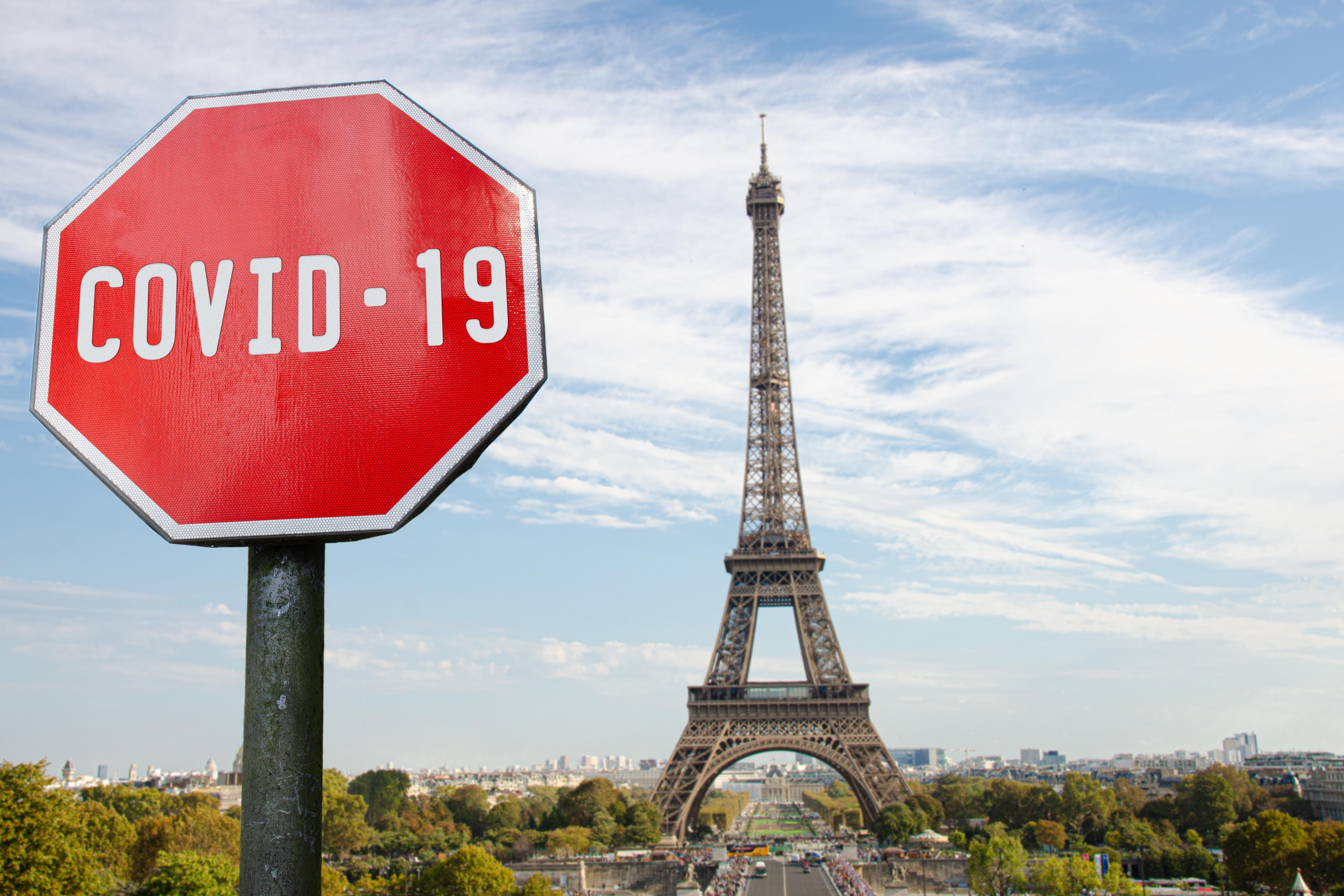 Măsuri anti Covid în Franța: permisul sanitar şi vaccinarea obligatorie a personalului medical