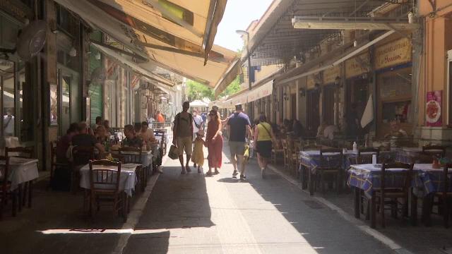Noi reguli în Grecia, după creșterea numărului de infectări cu coronavirus. Avertismentul epidemiologilor