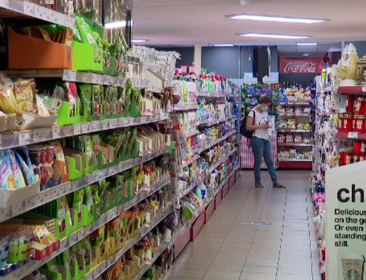 Criza de personal devine acută în România. Domeniile în care românii preferă să plece afară pe salarii de mii de euro