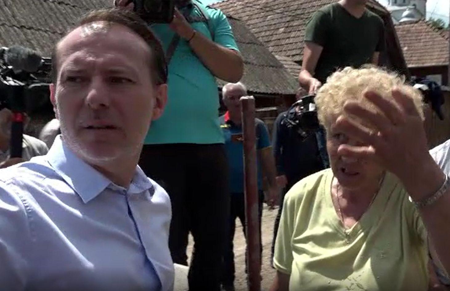 Dezastrul din Alba, evaluat de premier. Localnicii i-au arătat distrugerile după inundații