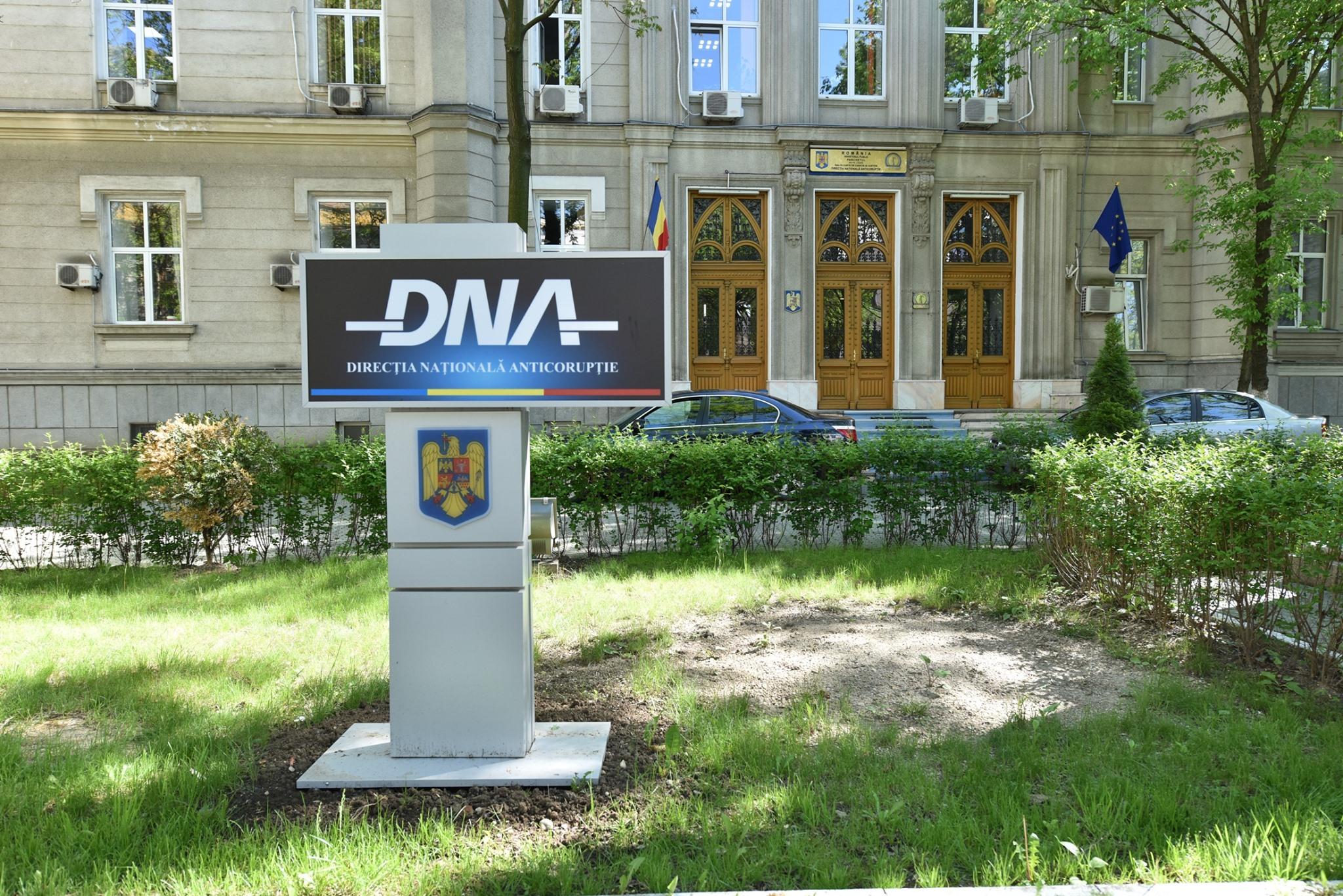 Percheziții DNA la Consiliul Județean Iași. Vizat ar fi Costel Alexe
