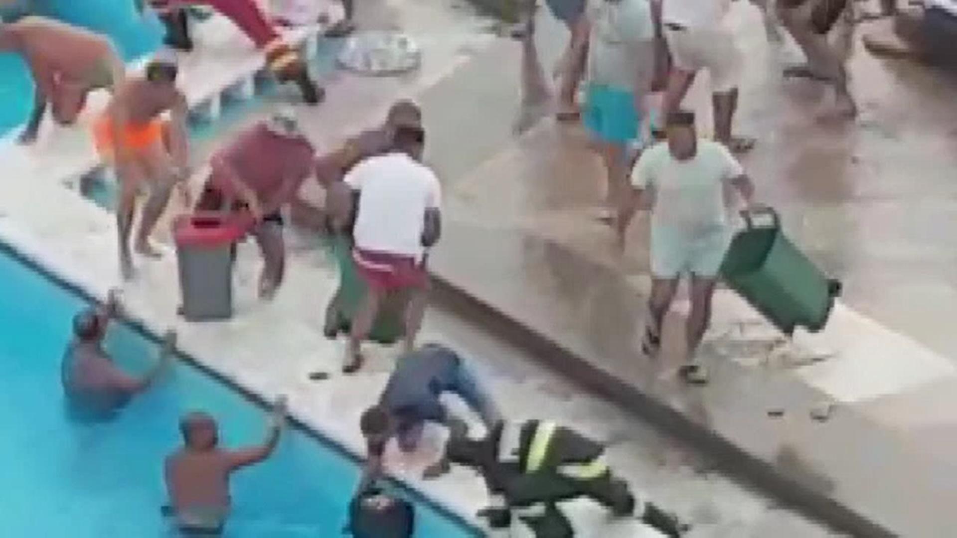 Cum a fost salvată fetița de 5 ani care şi-a prins mâna într-o gură de evacuare a apei din piscină, la Mamaia