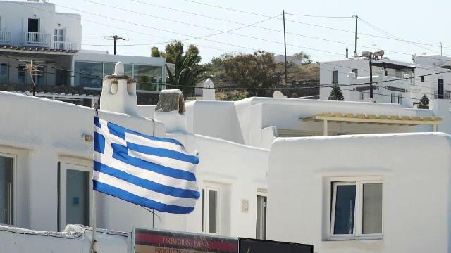 Grecia extinde testarea obligatorie. Toți angajații nevaccinați din turism se vor testa în mod regulat