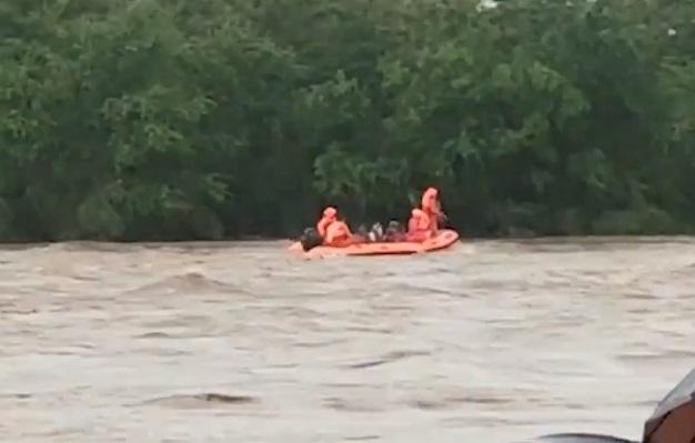 Inundații devastatoare și alunecări de teren și în India. Cel puțin 112 oameni au murit