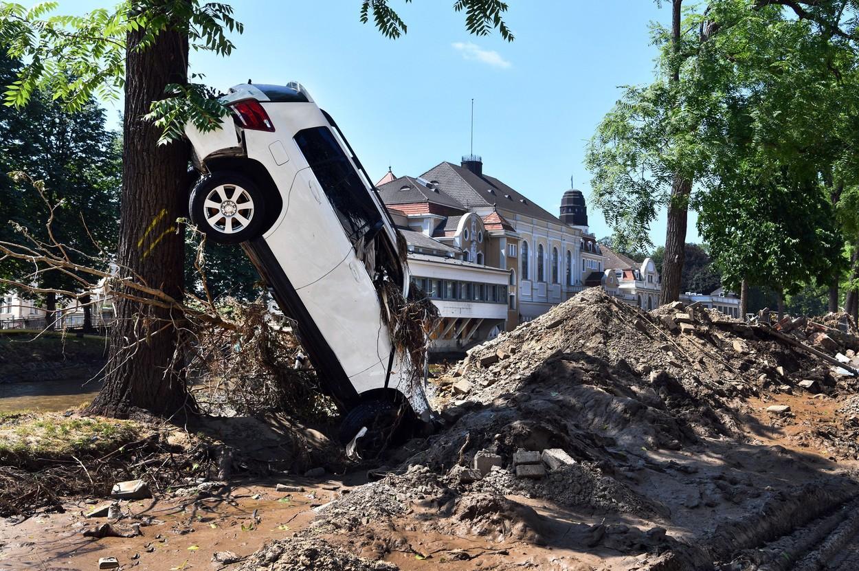 Bilanţul deceselor a crescut la 180 în Germania, după inundațiile devastatoare. Alte 150 de persoane sunt date dispărute