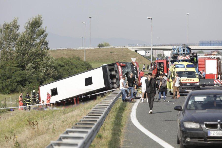 Accident rutier în Croaţia: Cel puţin zece morţi şi 45 de răniţi. FOTO