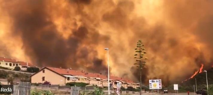 Sute de oameni au fost evacuați, după izbucnirea unui incendiu puternic de vegetație în Sardinia. VIDEO și FOTO