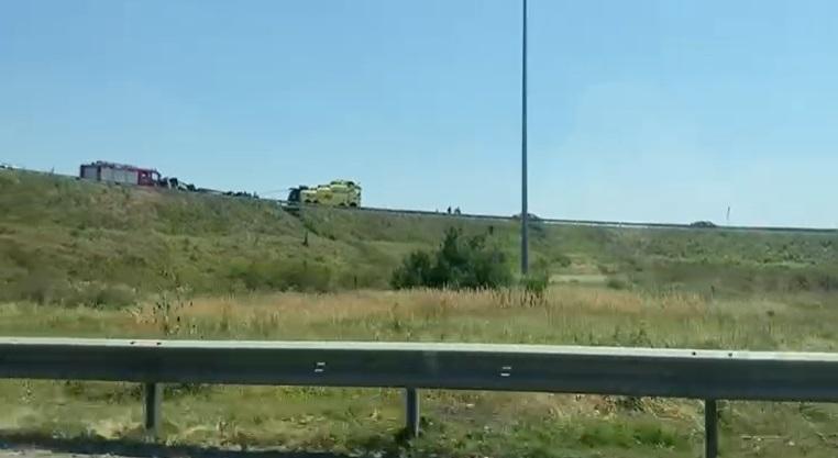 Un TIR s-a răsturnat pe Autostrada Soarelui. VIDEO
