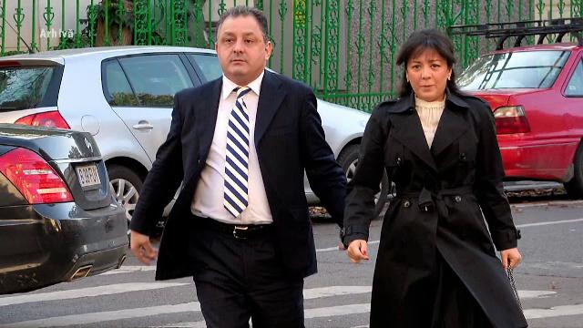 Oana Mizil și Marian Vanghelie au anunțat că s-au împăcat. Cei doi vor pleca în vacanță cu fetița lor
