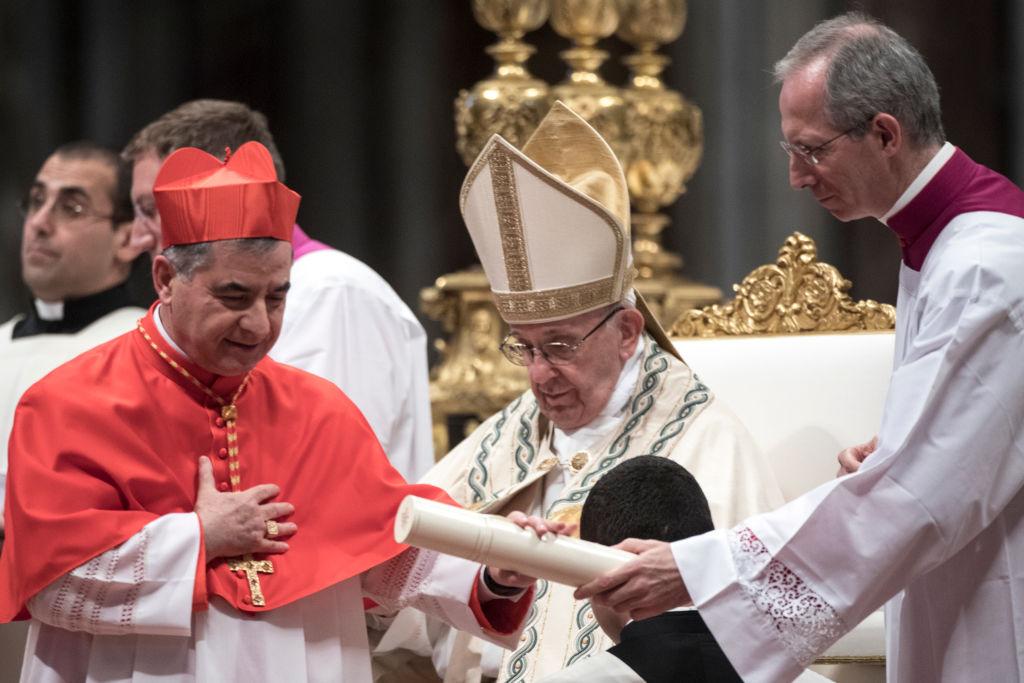 Pentru prima dată în istorie, un cardinal este judecat la Vatican pentru corupție. Ce a făcut cu 350 de milioane de euro