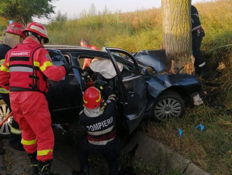 Accident cu trei morți în Bacău. A patra victimă are traumatisme multiple