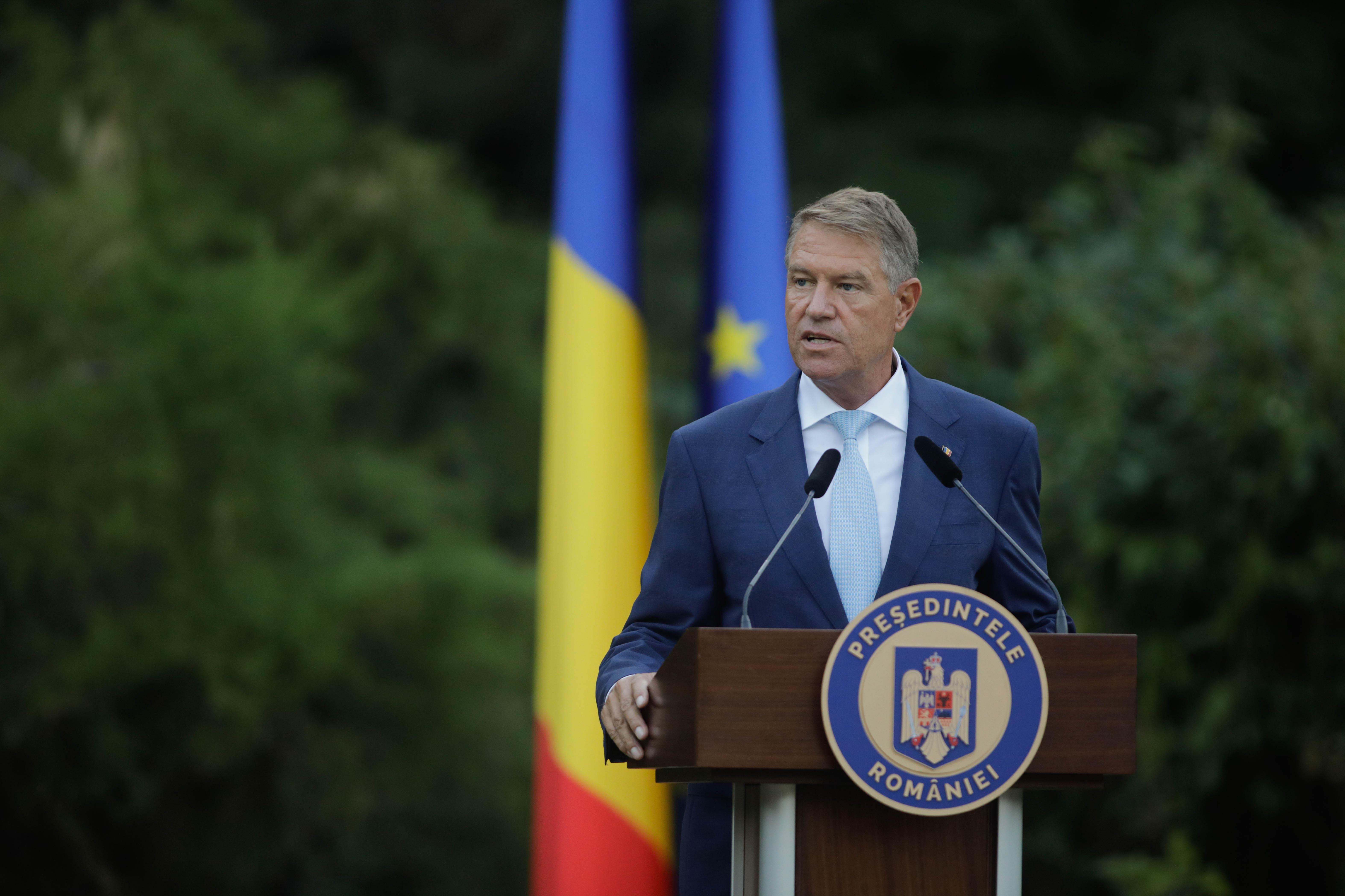 Mesajul președintelui Klaus Iohannis de Ziua Imnului: Să rămânem uniţi în jurul simbolurilor naţionale