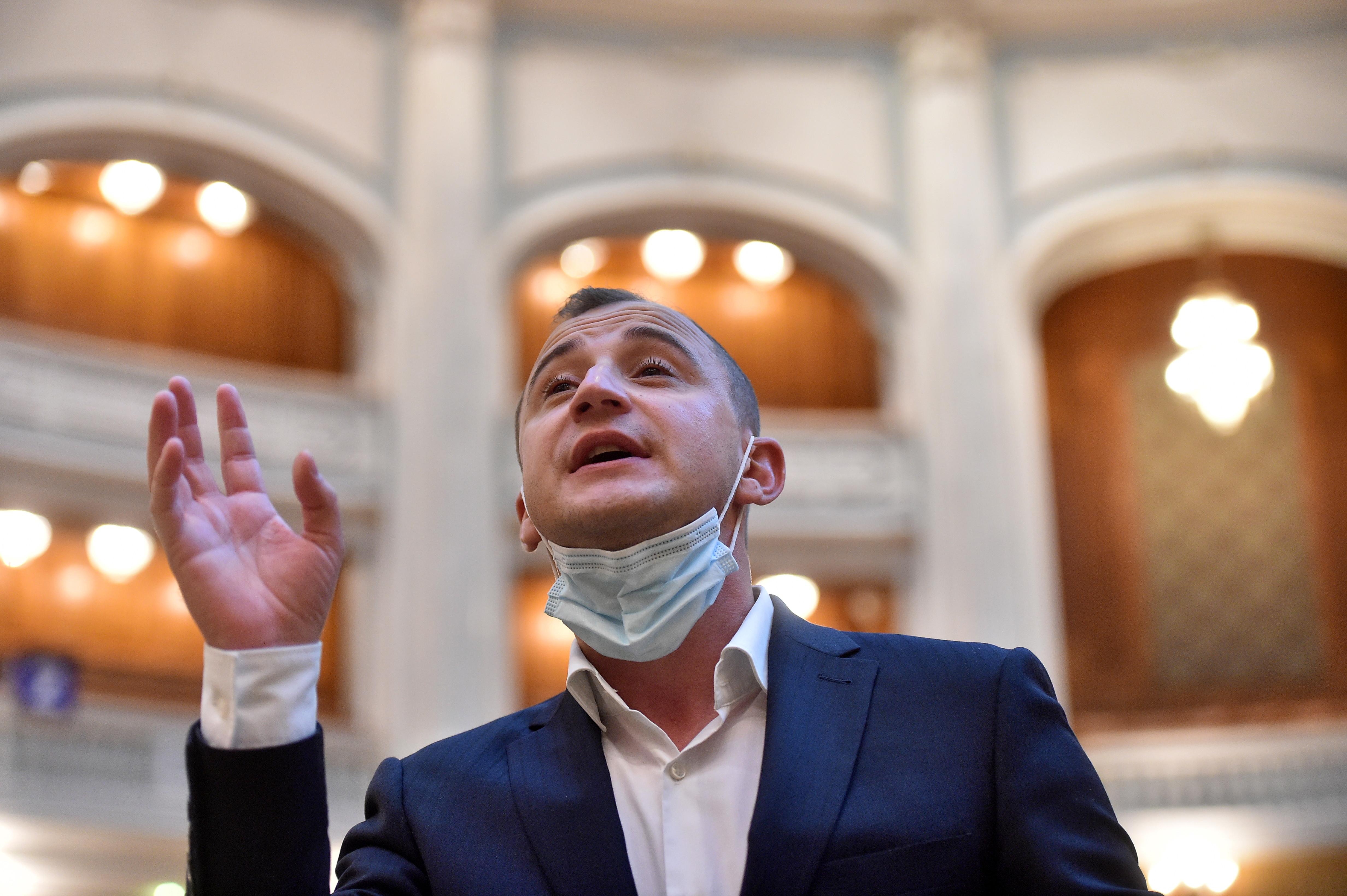 Alfred Simonis are coronavirus, împreună cu zece membri ai familiei, a dezvăluit Marcel Ciolacu. Cum se simte deputatul PSD