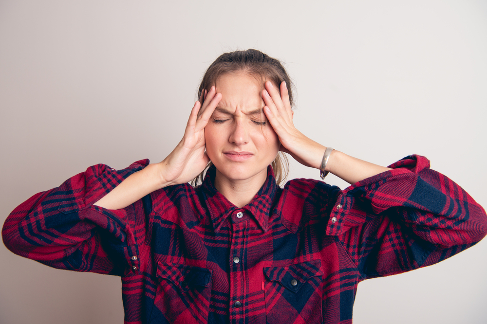 Principalele cauze care duc la apariţia migrenelor. Dr. Dan Mitrea ne spune cum putem preveni apariţia lor