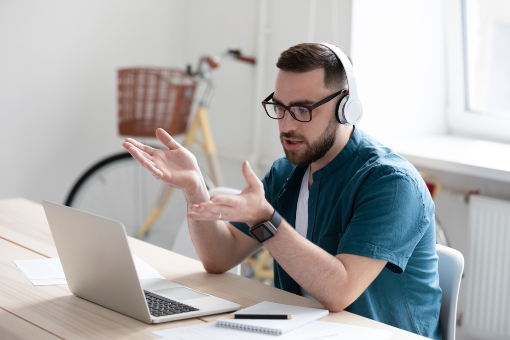 Cele mai căutate locuri de muncă remote și cum poți să fii mai productiv atunci când lucrezi de oriunde