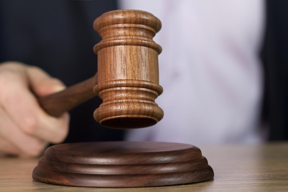 Un judecător american îi obligă pe părinţi să-şi despăgubească fiul, după ce i-au aruncat colecţia de materiale porno