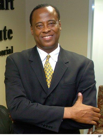 Conrad Murray, medicul lui Michael Jackson, tinta unui atac aerian!