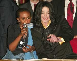 Se cauta iubita secreta a lui Michael! Rudele au angajat detectivi
