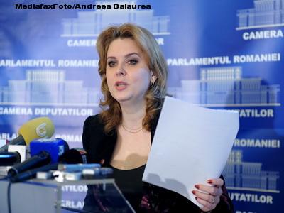 Roberta Anastase intentioneaza sa o dea in judecata pe Aura Vasile