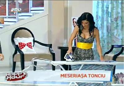 Andreea Tonciu a calcat camasi in direct la Happy Hour!