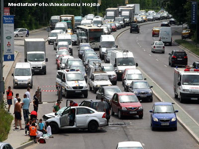 Tipic romanesc! 65 de milioane de euro pentru marcaje rutiere