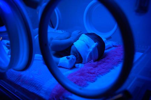Daruieste o sansa copiilor nascuti prematur. Ajuta Maternitatea Polizu!