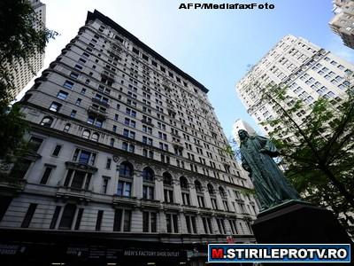 Modelul DSK: Doua hoteluri din New York introduc butoane de panica pentru cameriste