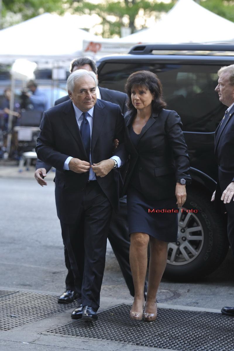 Ce a facut Dominique Strauss-Kahn in prima sa seara de libertate