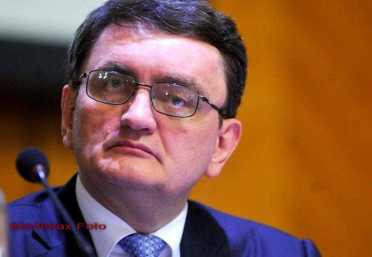 Victor Ciorbea, reales sef al PNTCD, vrea sa aduca monarhia in Romania