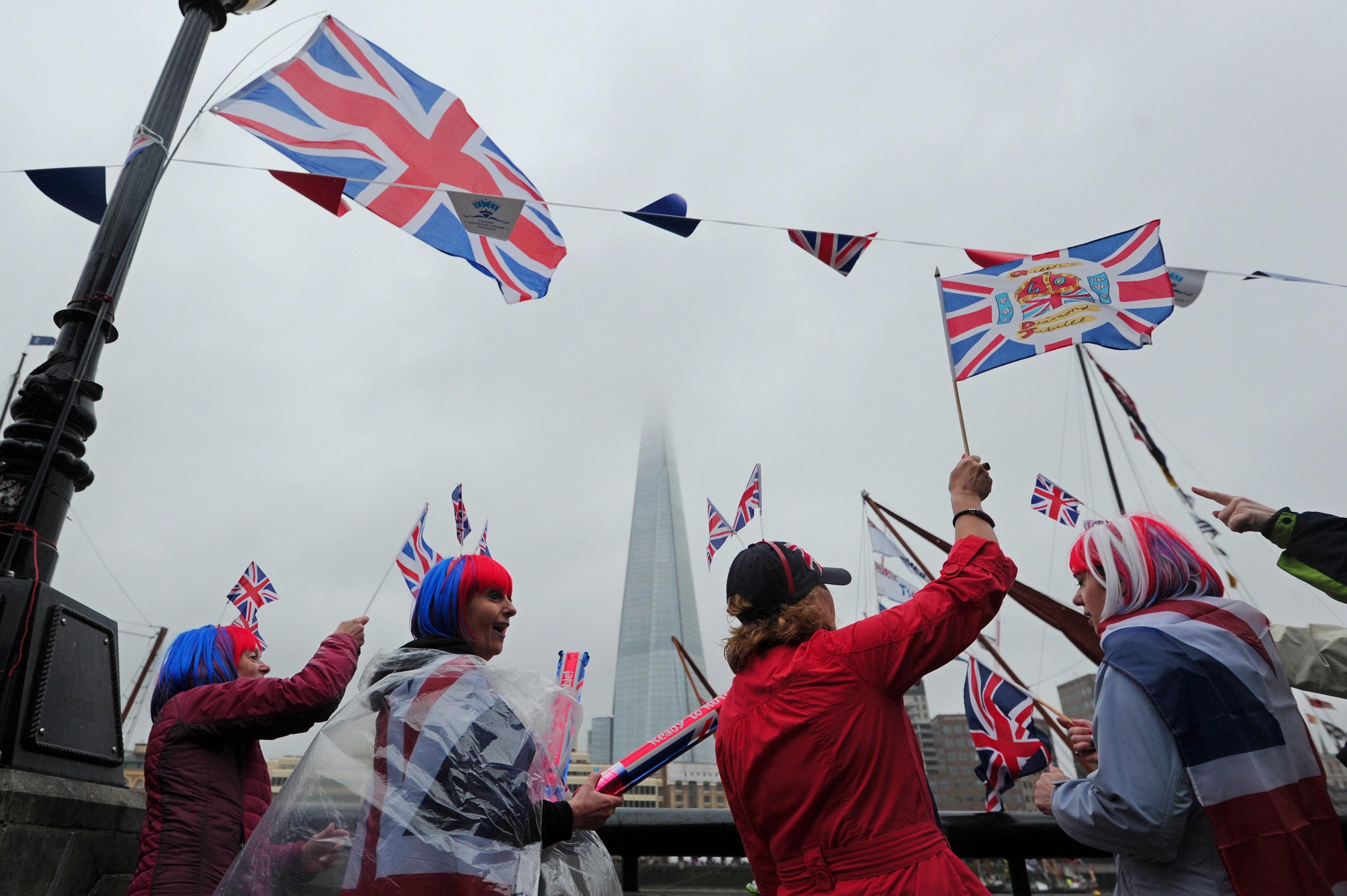 Jubileul de Diamant al Reginei: 10000 de oameni prezenti la picnicul de la Palatul Buckingham
