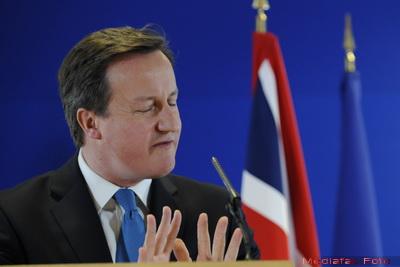 Cameron: Marea Britanie trebuie sa ia noi masuri de austeritate, pentru a nu s<b>e</b> scufunda