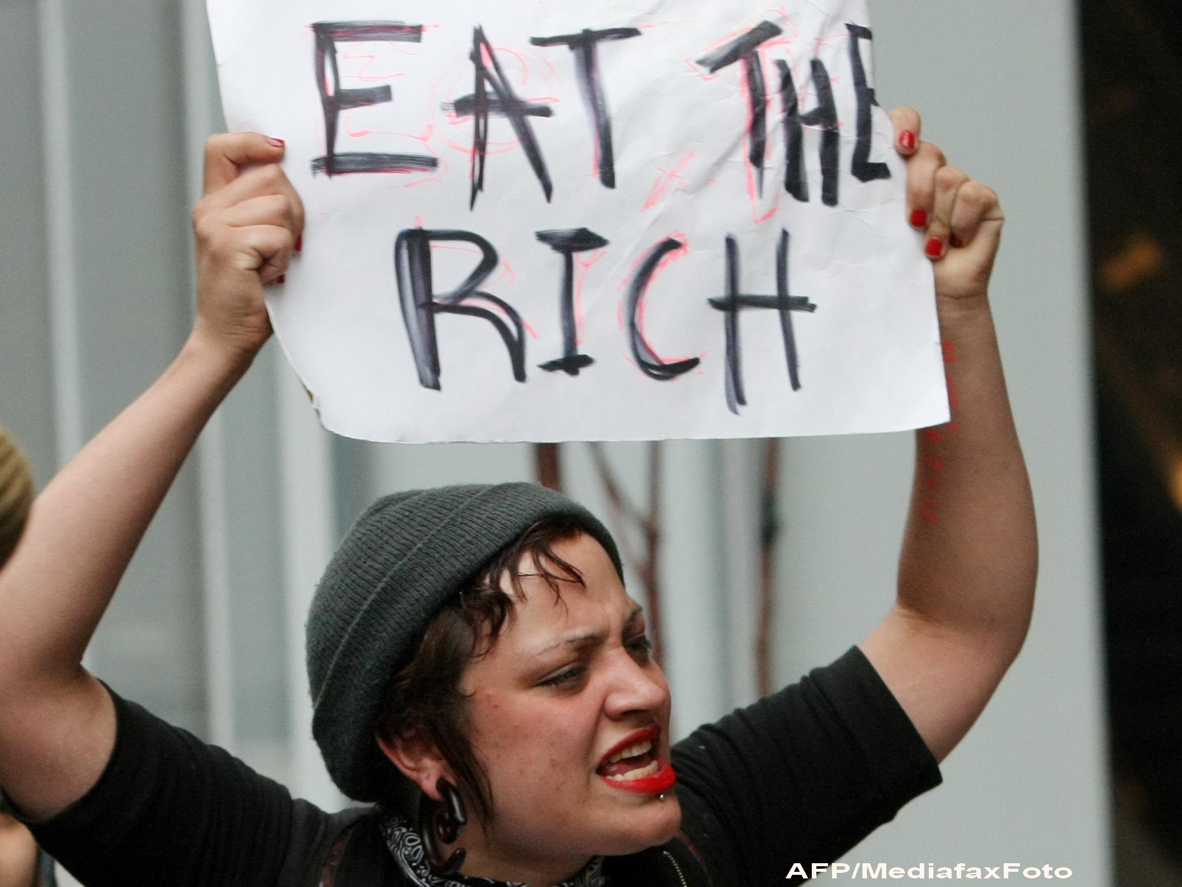 Transparency International: Criza din zona euro este alimentata de CORUPTIE. Care sunt tarile vizate