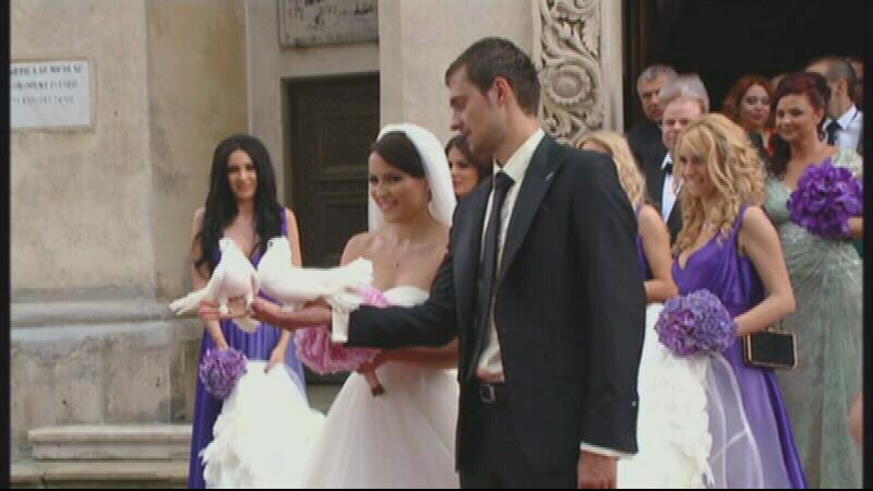 Fotbalistul Gabi Tamas s-a casatorit cu aleasa inimii, dupa 8 ani de relatie