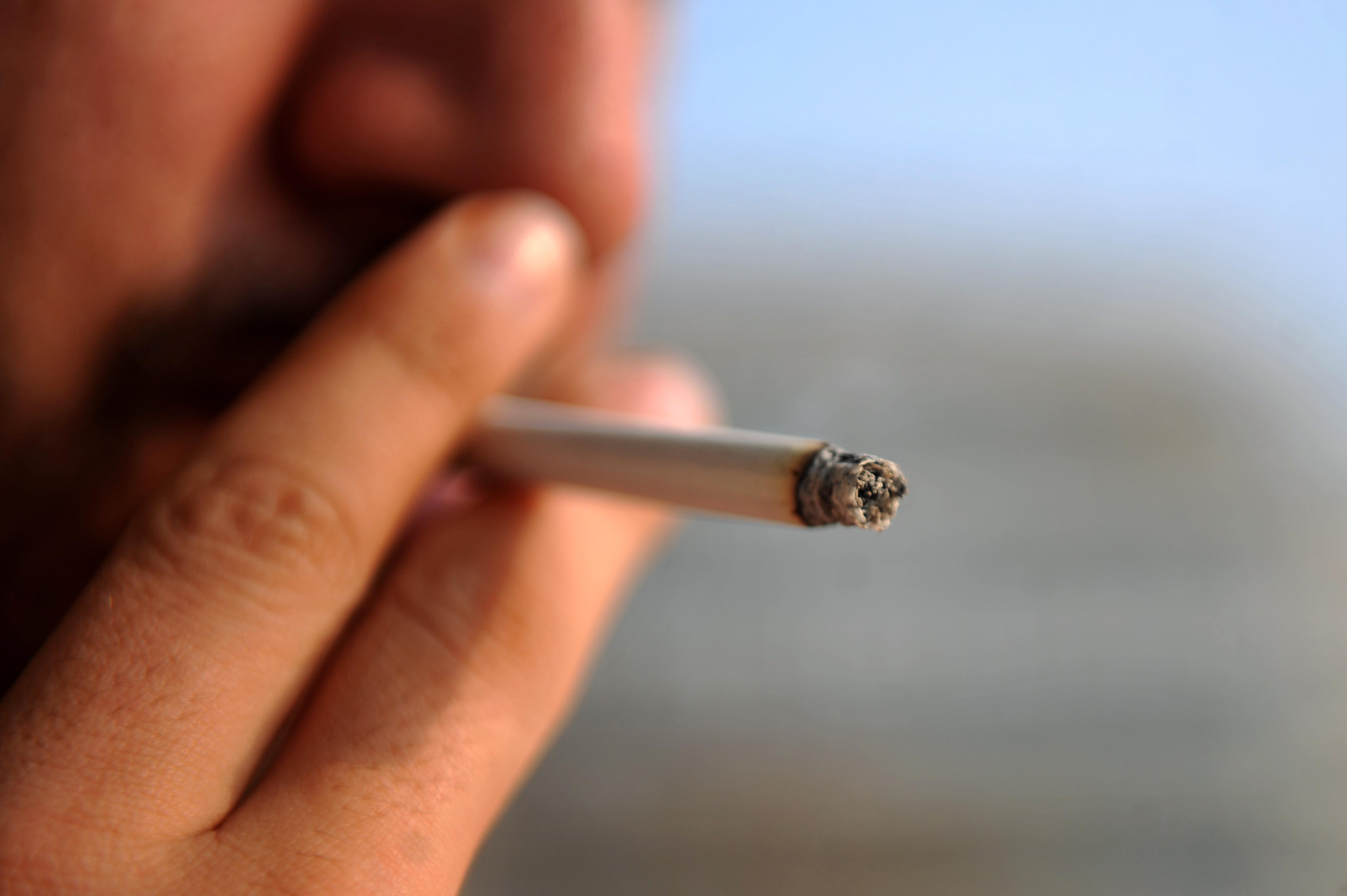 Ce s-a intamplat cu un tanar din Statele Unite, dupa ce a fumat