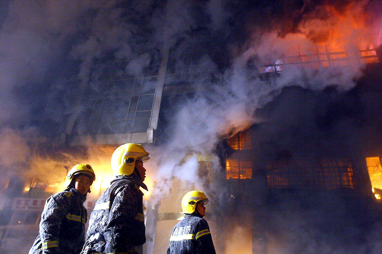 Incendiu la un abator in nord-estul Chinei. Agentia de presa Xinhua anunta 112 morti
