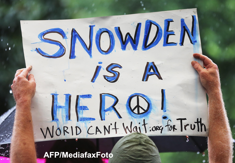 Edward Snowden, fostul angajat CIA care a declansat scandalul interceptarilor din SUA, a disparut