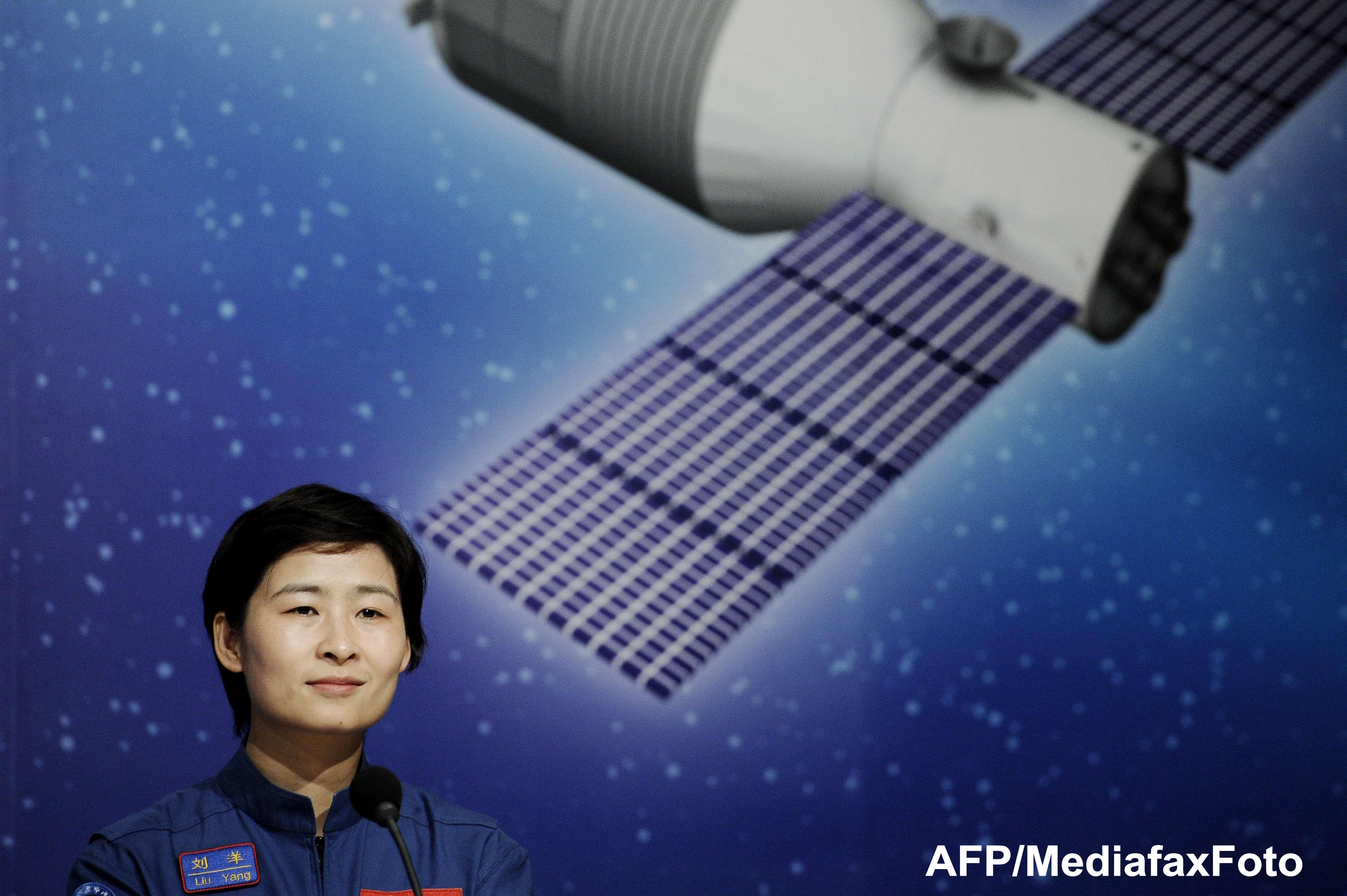 Cucerirea spatiului cosmic. China a lansat o racheta cu 3 astronauti la bord