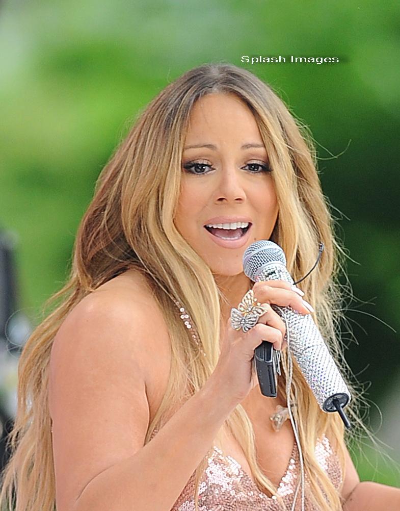 Mariah Carey este greu de recunoscut atunci cand renunta la aspectul de diva. FOTO