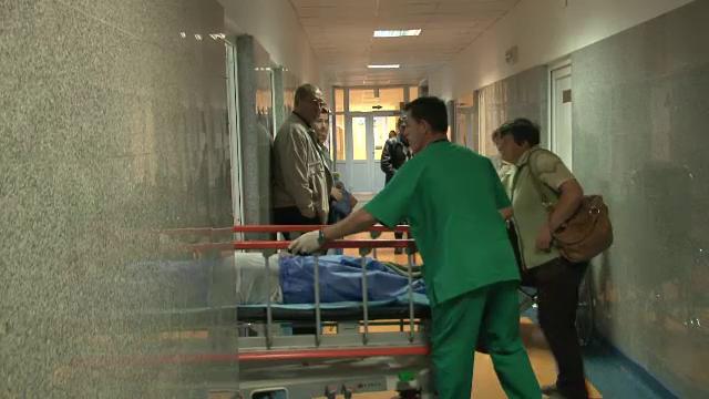 Impuscaturi in miez de noapte in Campulung Moldovenesc. Politistii au tras 4 focuri de arma intr-un barbat